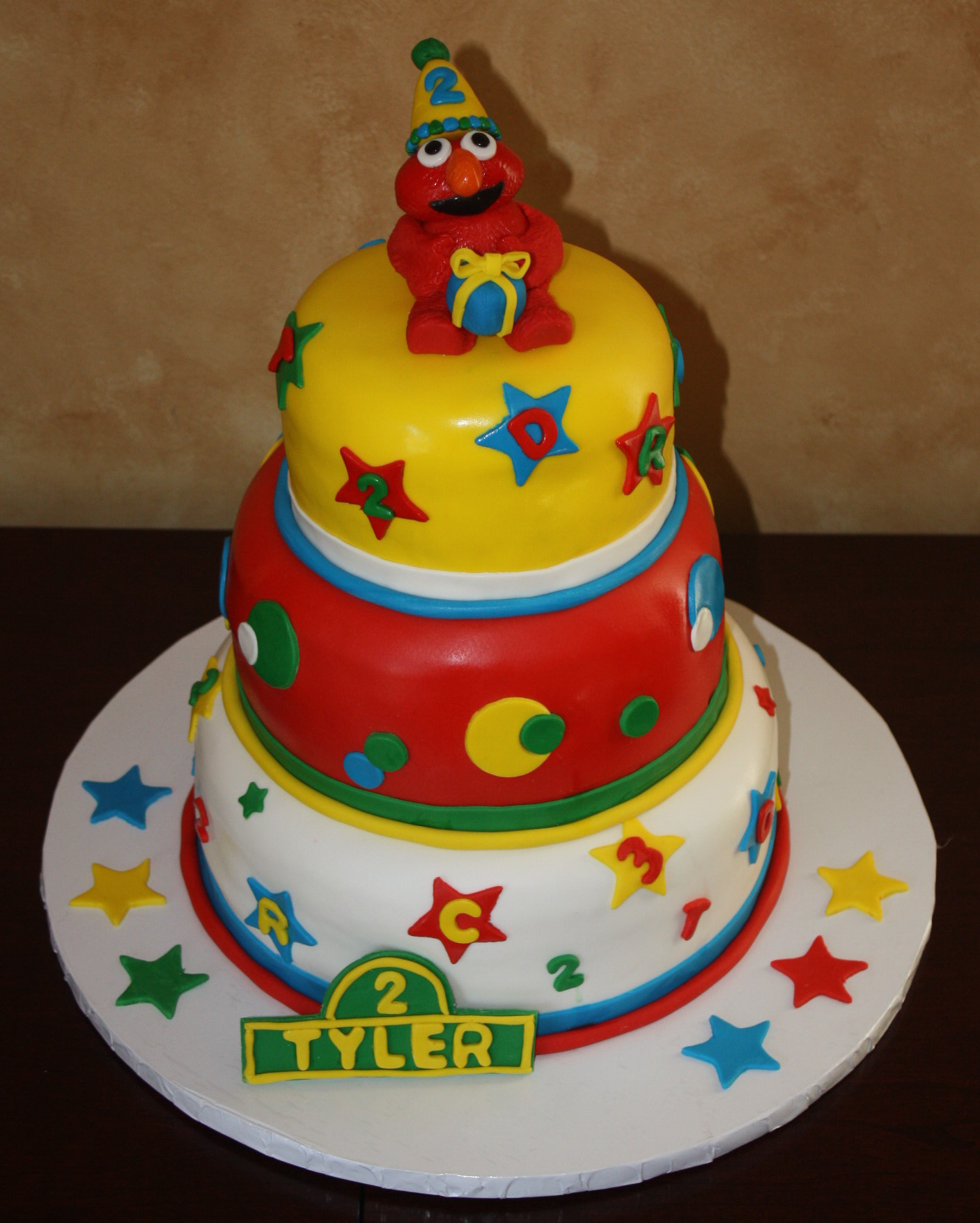 Elmo Fondant Cake