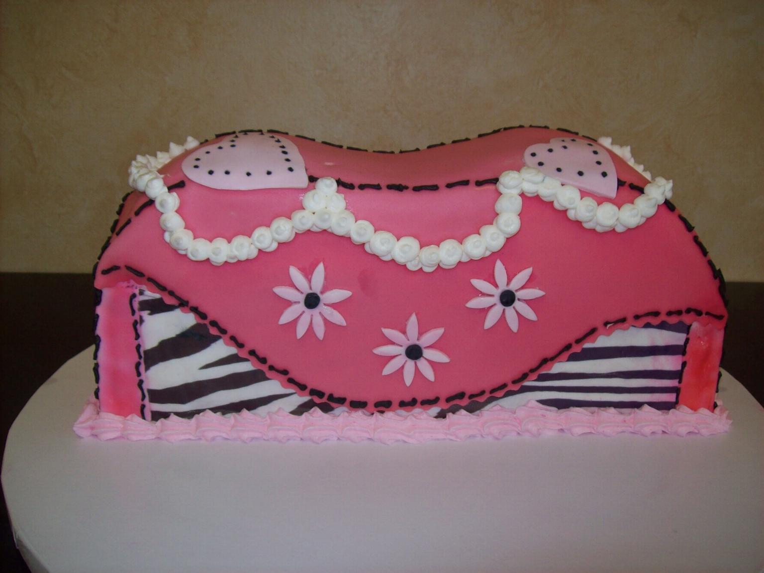 Purse Fondant Cake